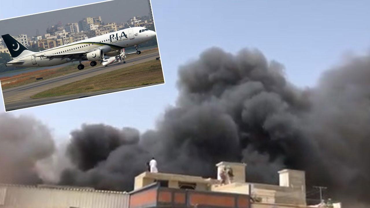 Pakistan'da düşen yolcu uçağından kurtulan yok