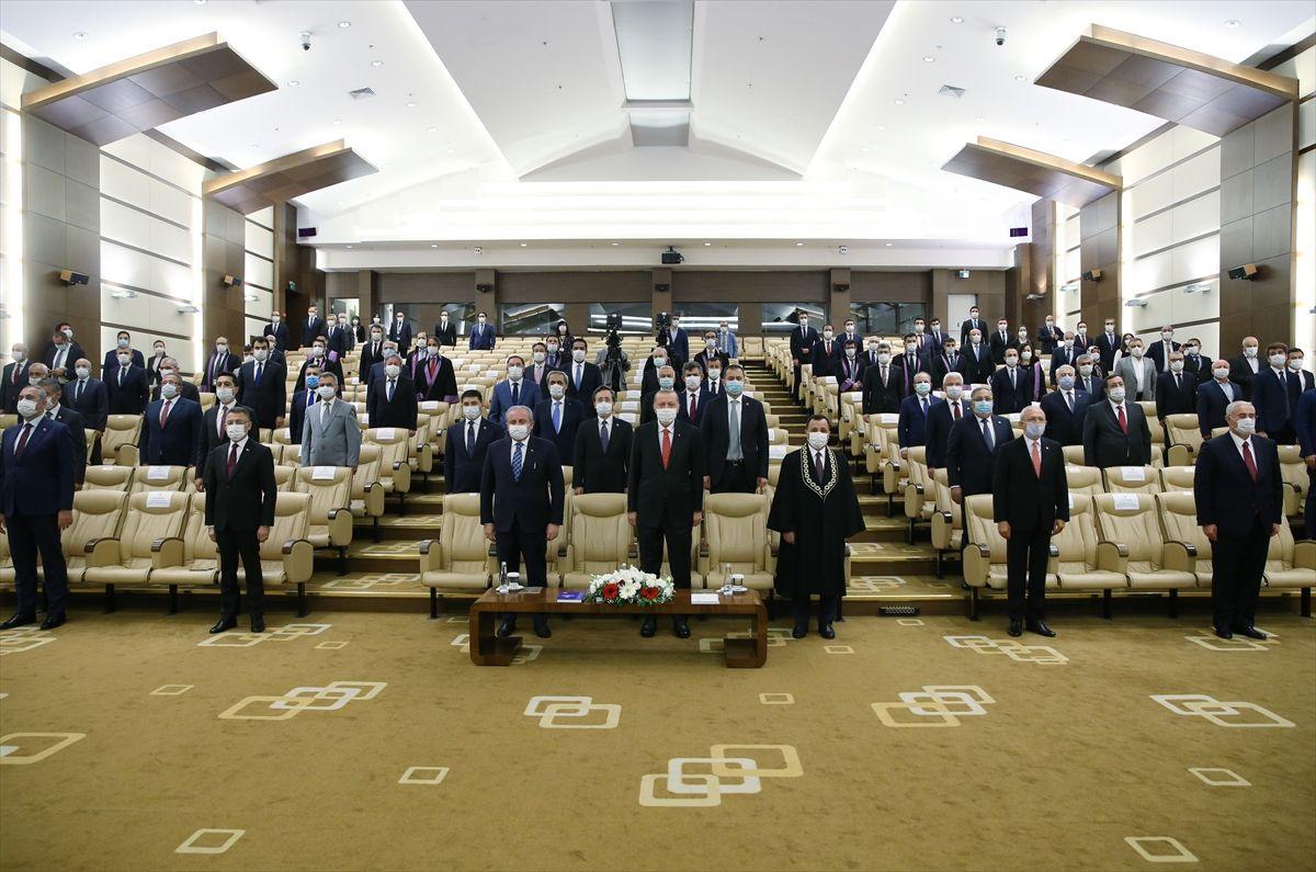 Erdoğan, yeni AYM üyesi Bağcı'nın yemin törenine katıldı - Sayfa 2