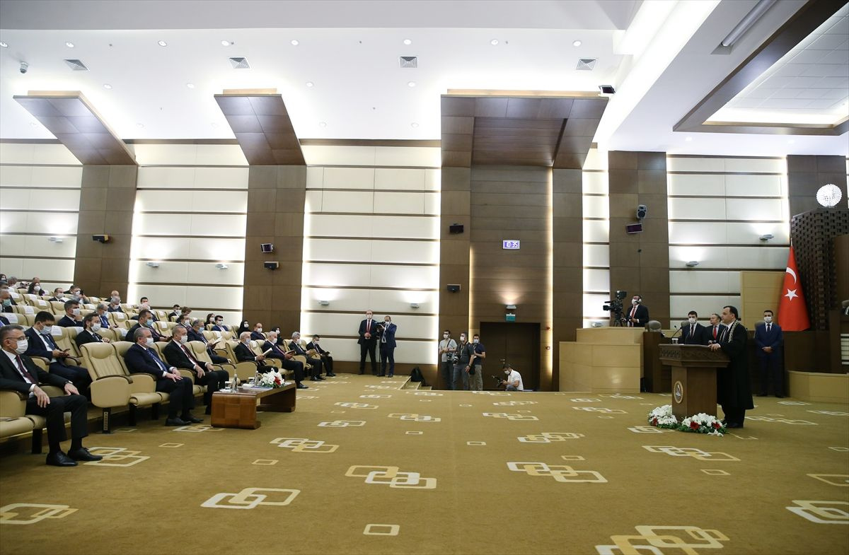 Erdoğan, yeni AYM üyesi Bağcı'nın yemin törenine katıldı - Sayfa 3