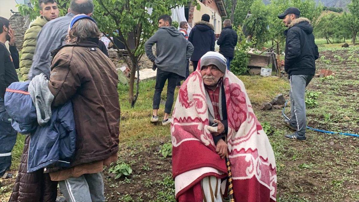 Fotoğraflarla Bingöl'deki deprem - Sayfa 3