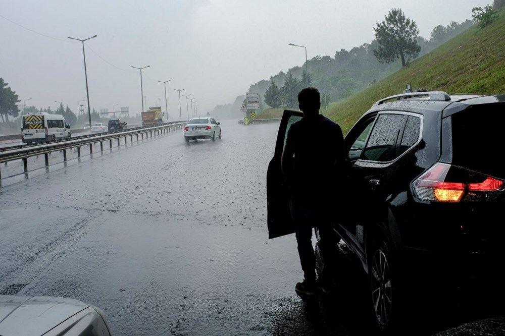 İstanbul'dan yağış manzaraları - Sayfa 1
