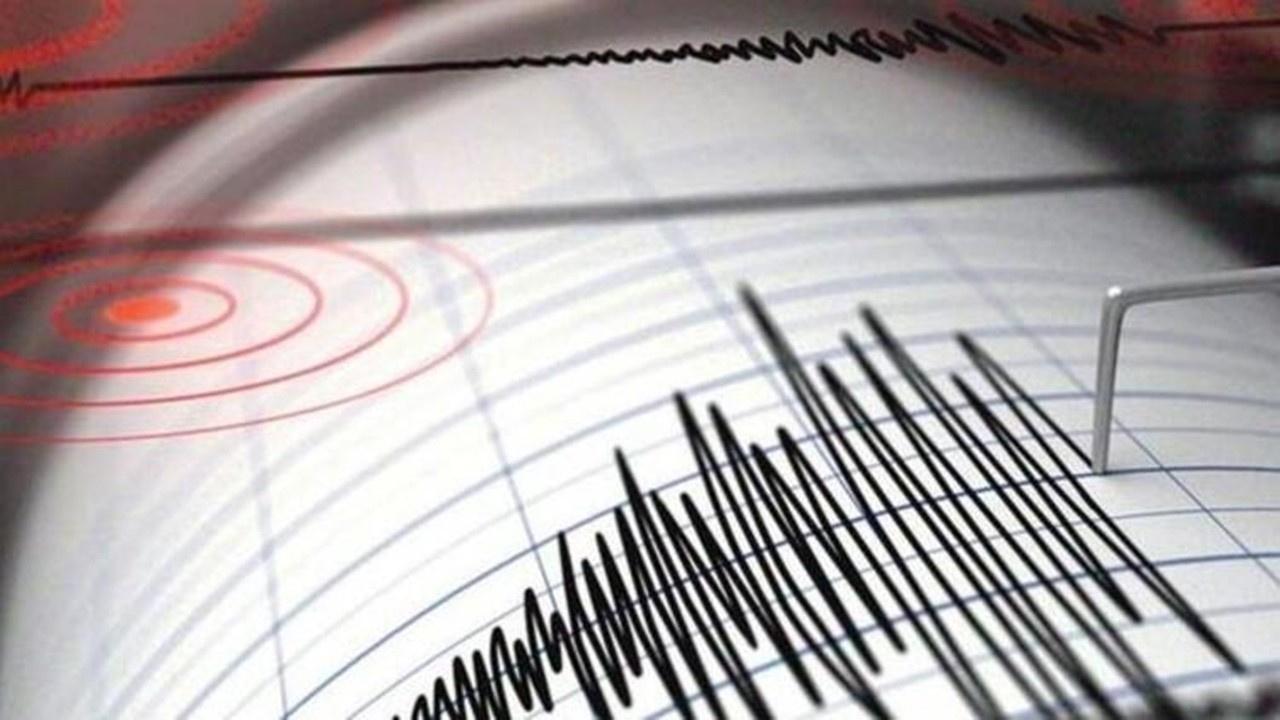 Ege Bölgesi güne depremle uyandı