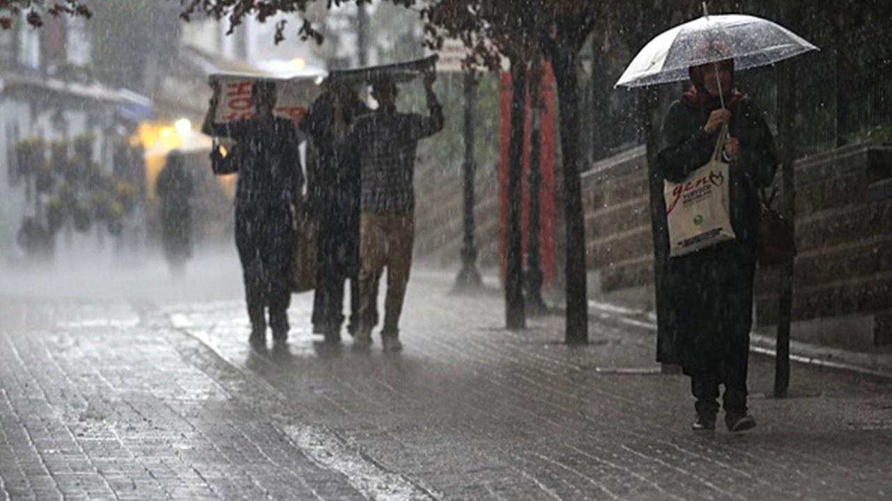 İstanbul ve 10 farklı kente sağanak yağış uyarısı
