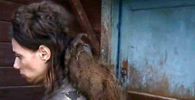 Kızını 26 yıl kedi mamasıyla besledi, 14 yıl duş aldırmadı - Sayfa 1