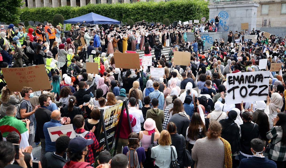 Brüksel'de binlerce kişi başörtüsü yasağını protesto etti - Sayfa 2