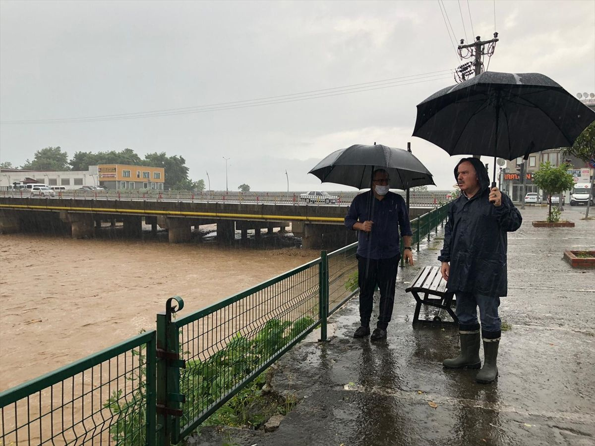 Trabzon'da korkutan sel ve heyelan felaketi nedeniyle 8 mahalleye ulaşım yok - Sayfa 4