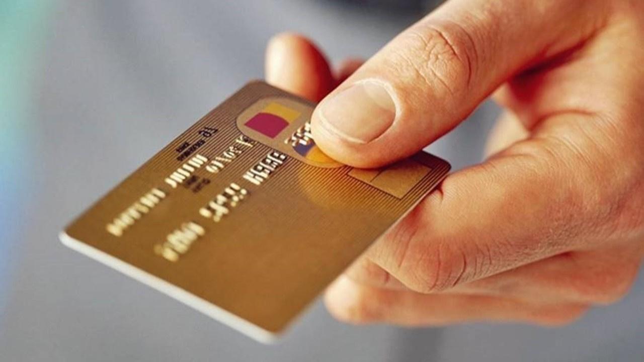 Üç ay asgarisi ödenmeyen kredi kartı kapanmayacak