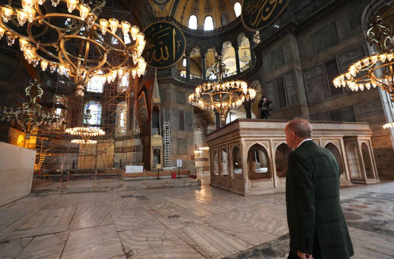 Cumhurbaşkanı Erdoğan Ayasofya Camii'nde - Sayfa 1