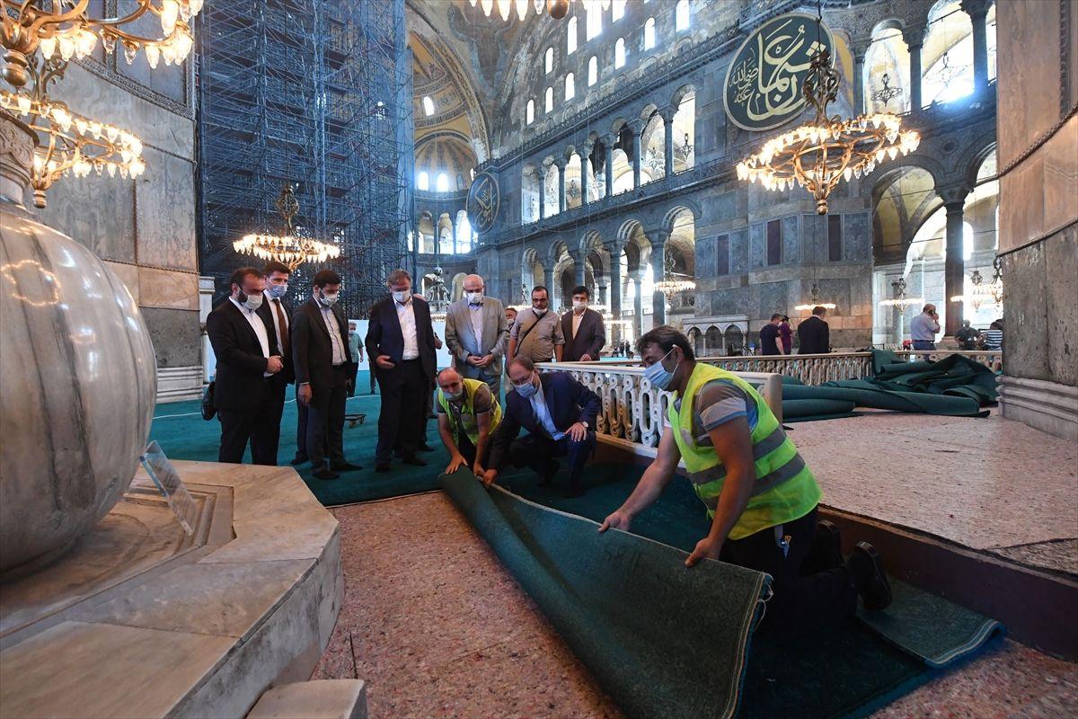 Halı serili Ayasofya Camii'nden ilk kareler - Sayfa 4
