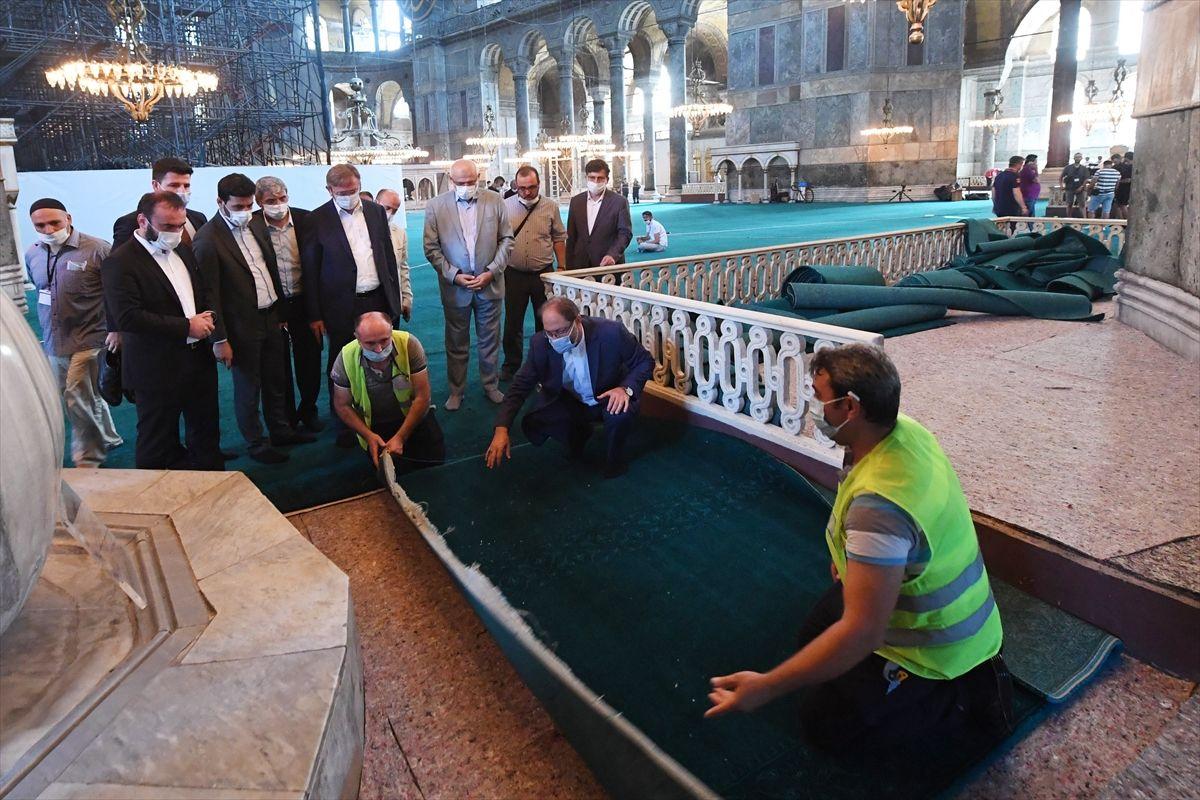 Halı serili Ayasofya Camii'nden ilk kareler - Sayfa 3