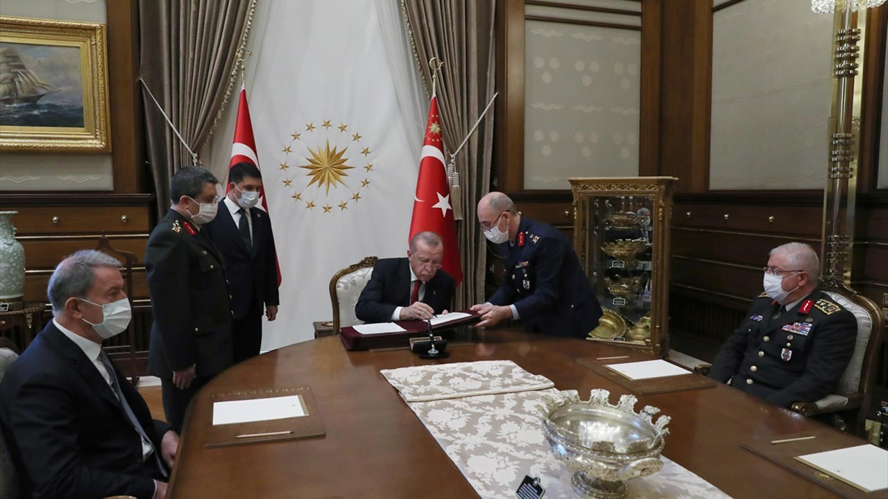 Cumhurbaşkanı Erdoğan Yüksek Askeri Şüra kararlarını onayladı