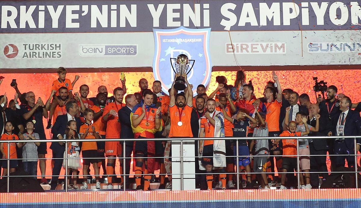 Türkiye'nin yeni şampiyonu kupayı kaldırdı - Sayfa 2