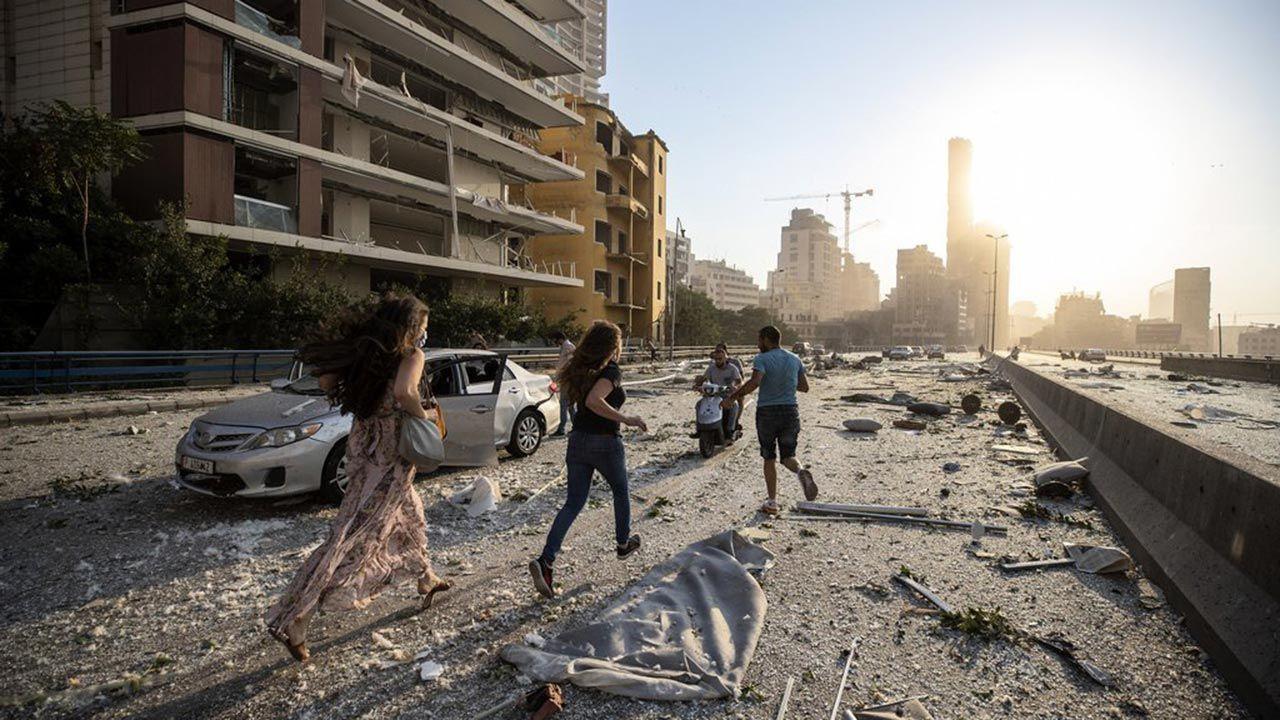 Beyrut'taki patlama şehri savaş alanına çevirdi - Sayfa 2