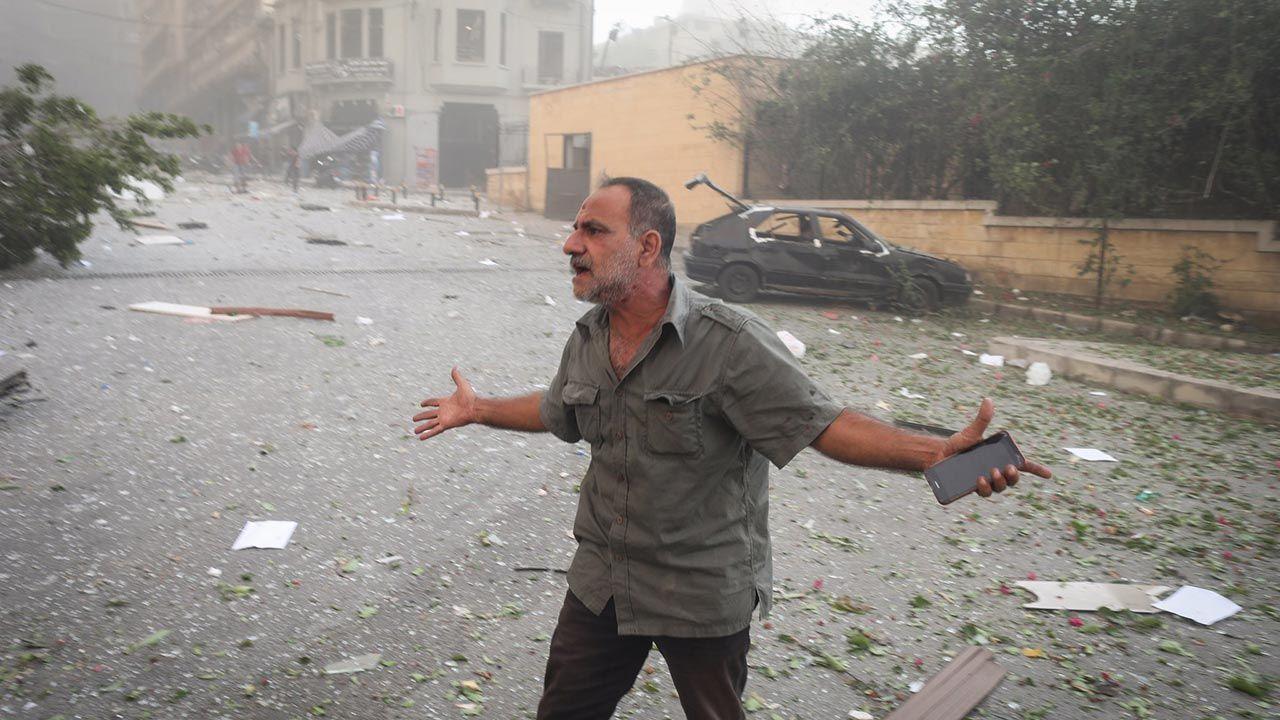 Beyrut'taki patlama şehri savaş alanına çevirdi - Sayfa 4