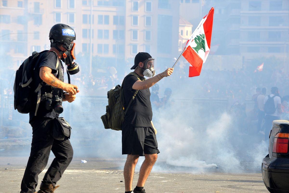 Lübnan'da protesto gösterilerinde kan aktı - Sayfa 1