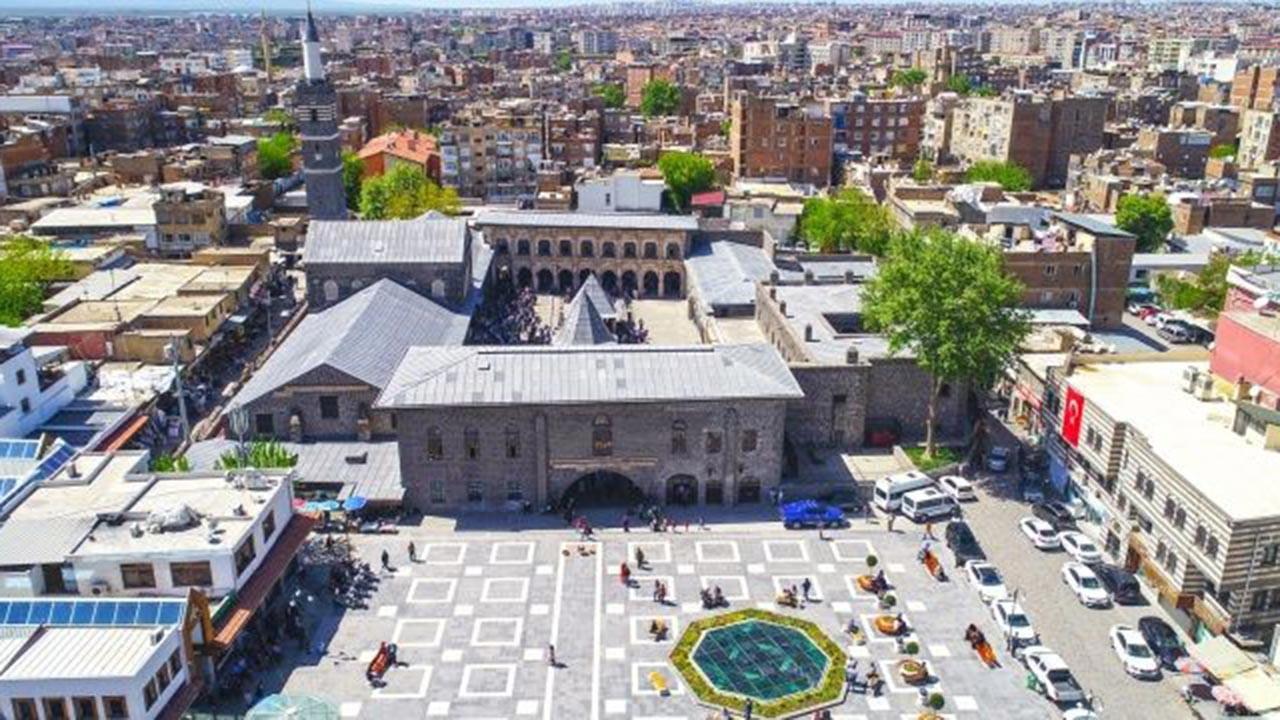Kürtçe Mevlid kesildi haberi asılsız çıktı
