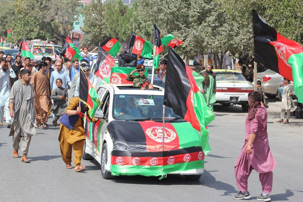 Afganistan'da bağımsızlık günü kutlamaları - Sayfa 1
