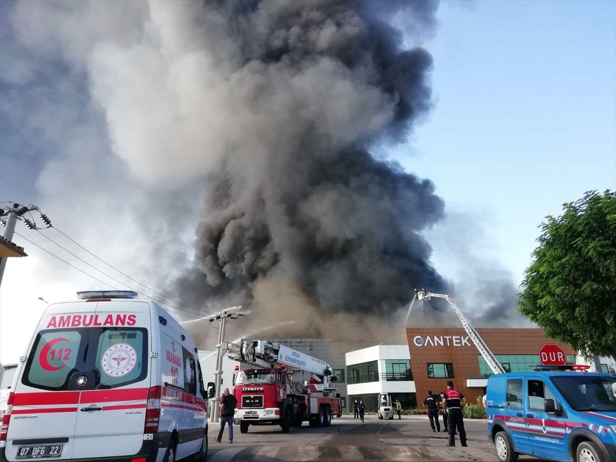 Antalya güne yangınla uyandı - Sayfa 4