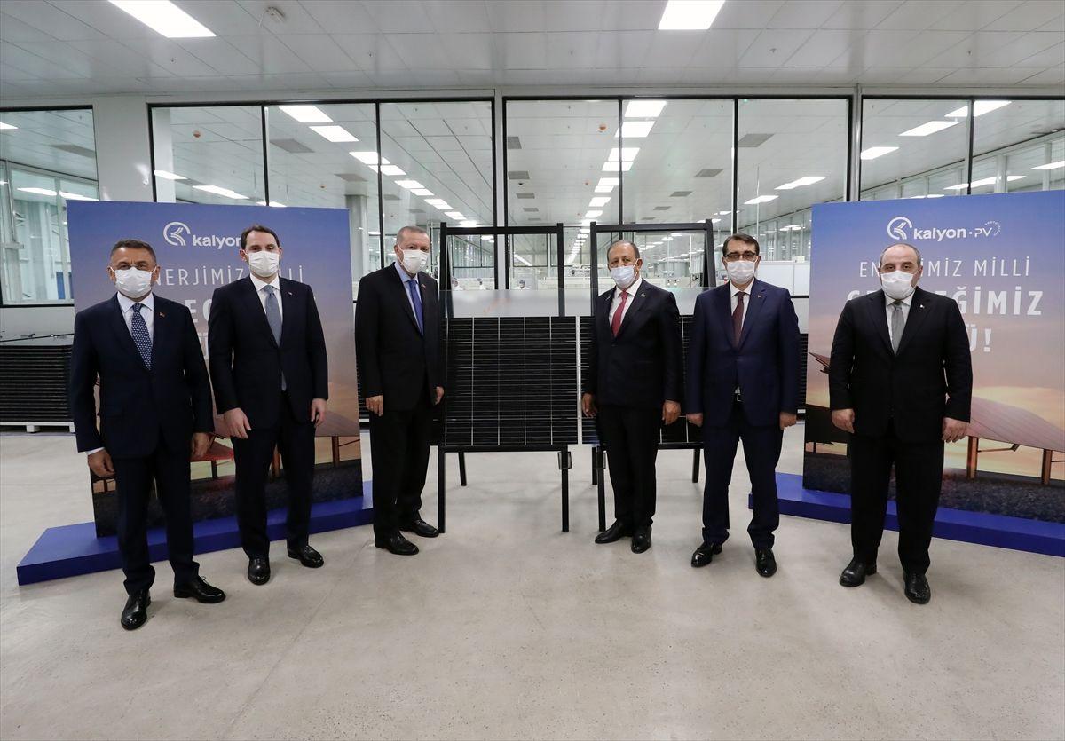 Türkiye'nin ilk yerli güneş paneli fabrikası açıldı - Sayfa 1