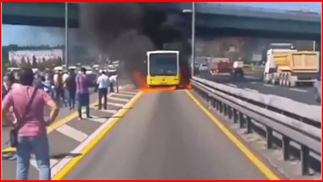 Son Dakika: İstanbul'da metrobüs yangını