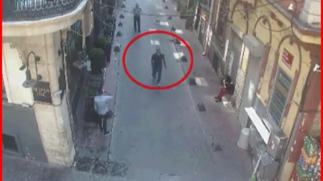 Taksim'de keşif yapan terörist silahıyla yakalandı - Sayfa 4