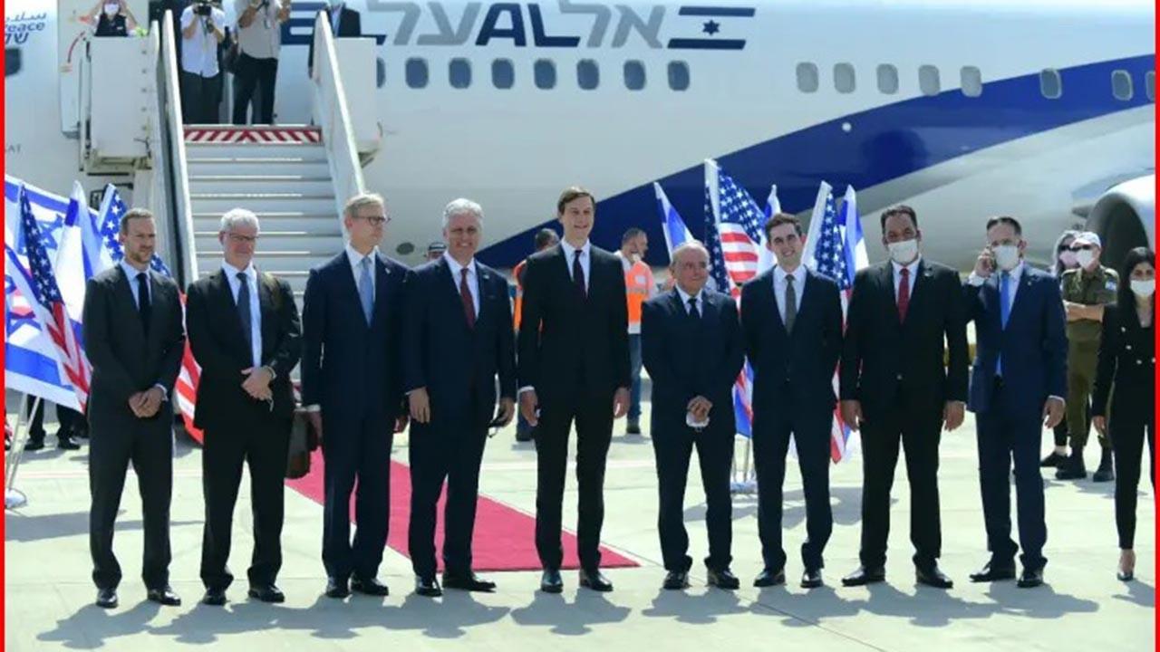 İsrail'den BAE'ye ilk uçakta Amerikalılar vardı