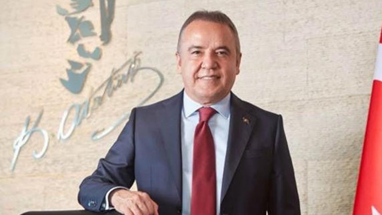 Antalya Büşükşehir Belediye Başkanı uyutuldu