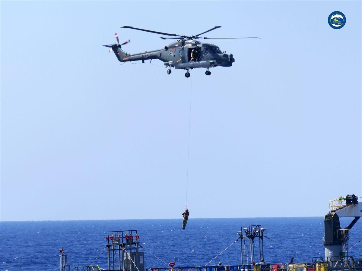 AB güçleri, Hafter'e yakıt taşıyan BAE gemisini durdurdu - Sayfa 4