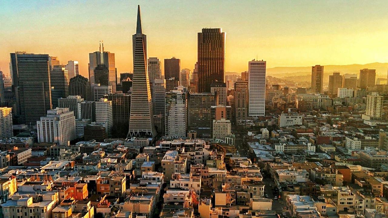 Kaliforniya'da 2035'ten sonra benzinli araç yasak
