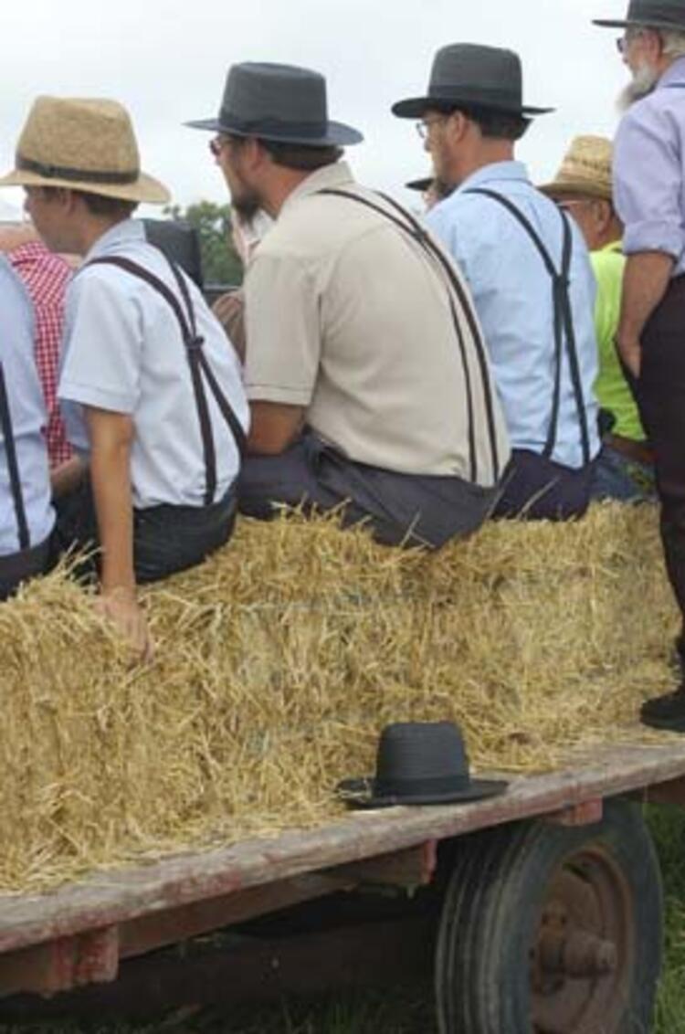Teknoloji kullanmayan Amişler yüzyıllardır aynı giyiniyorlar - Sayfa 4