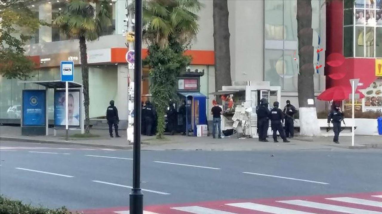 Gürcistan'daki rehine krizi sürpriz sonla bitti