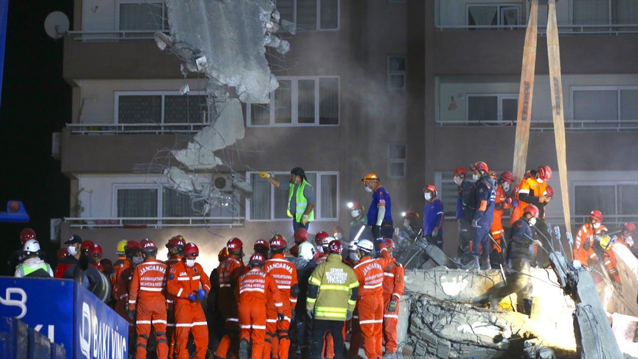 İzmir depreminde son durum ölü ve yaralı sayısı kaç oldu işte son rakamlar 4 Kasım Salı
