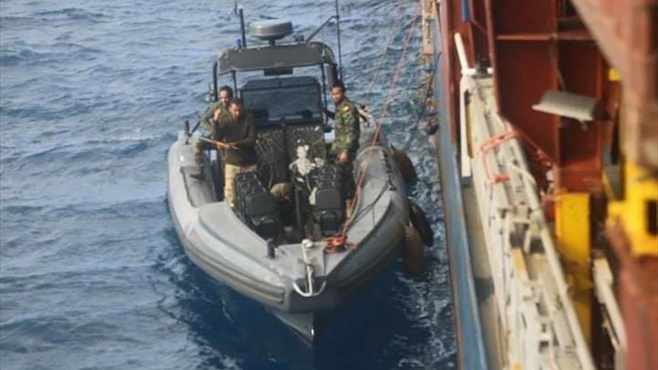Hafter güçleri Türk gemisini kaçırdı