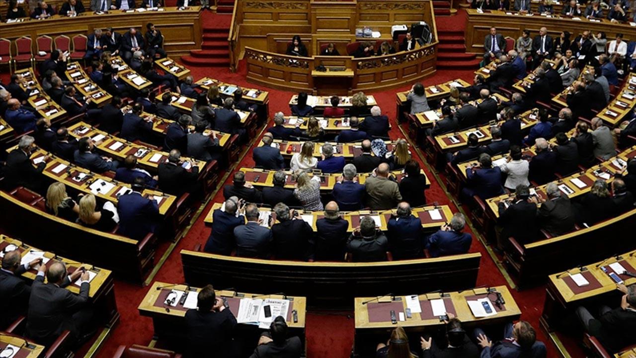 Yunanistan savunma bütçesini 5 katına çıkardı