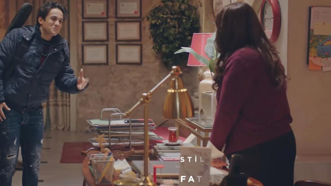 Kırmızı Oda Sekreter kim?