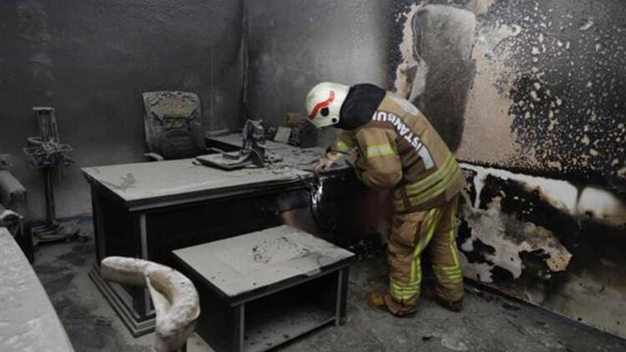 İstanbul Maltepe'de hastane yangını
