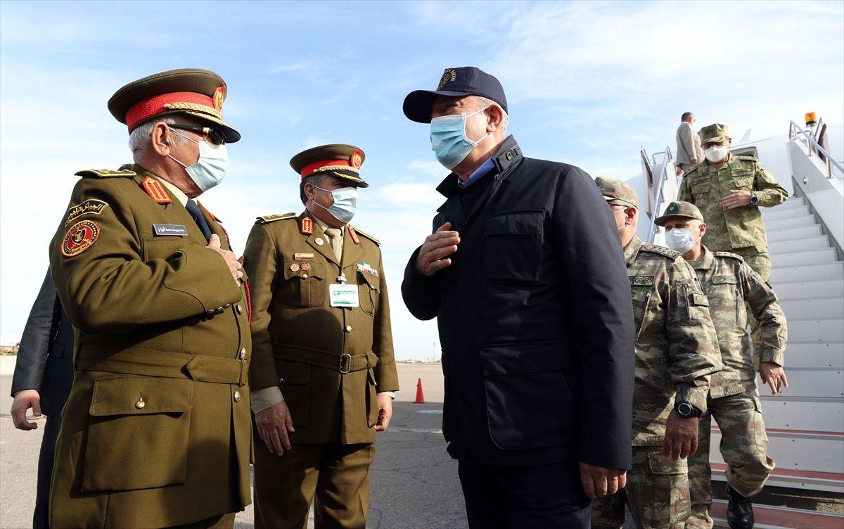 Hulusi Akar ve kuvvet komutanları Libya'da - Sayfa 2
