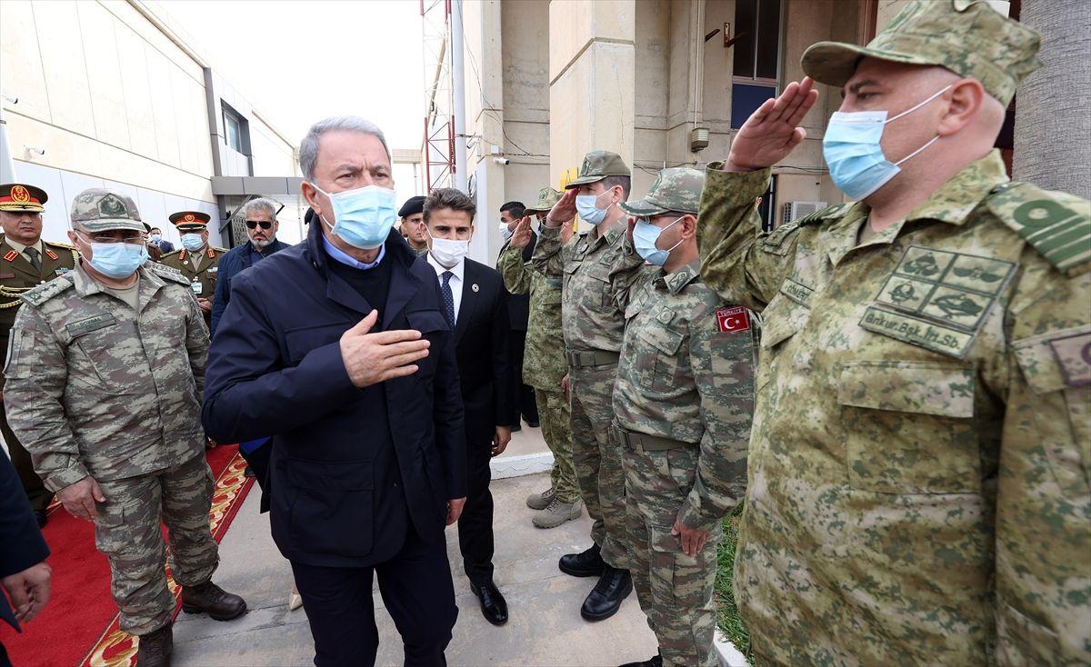 Hulusi Akar ve kuvvet komutanları Libya'da - Sayfa 4