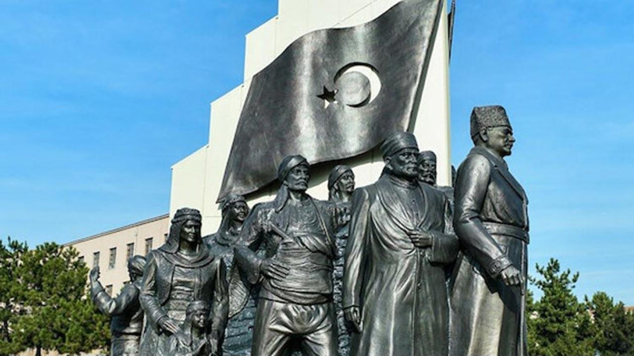 'Ankara Büyükşehir' heykelin en büyüğünü yapacak