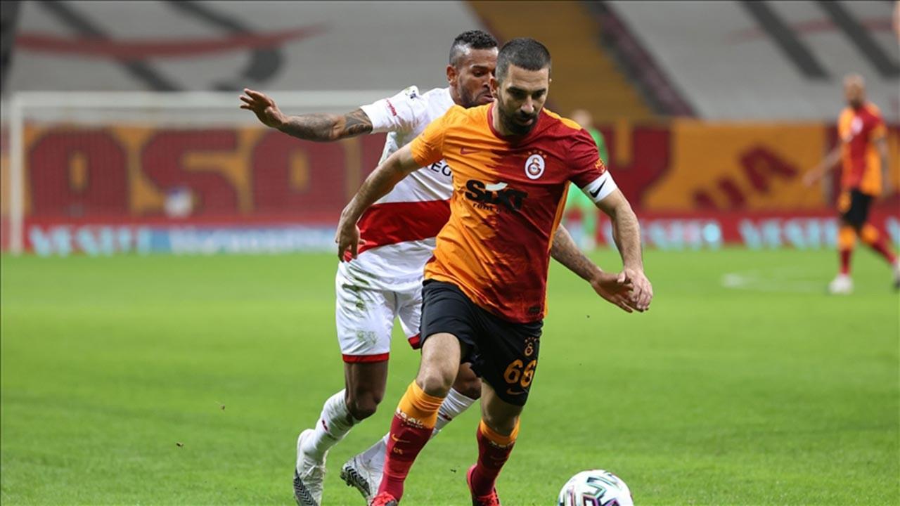 Galatasaray liderlik koltuğunu kaybetti