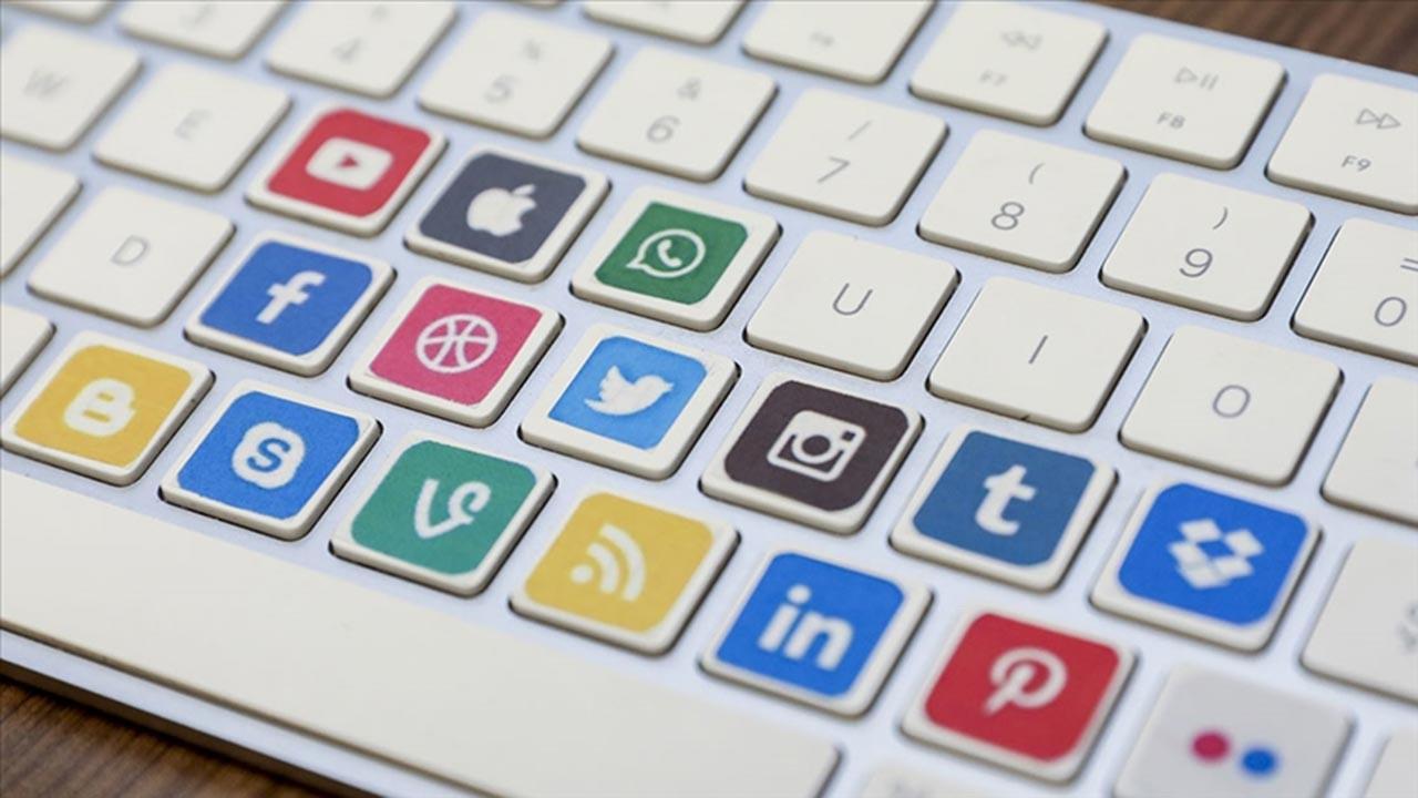 Almanya sosyal medyaya daha çok sansür istiyor