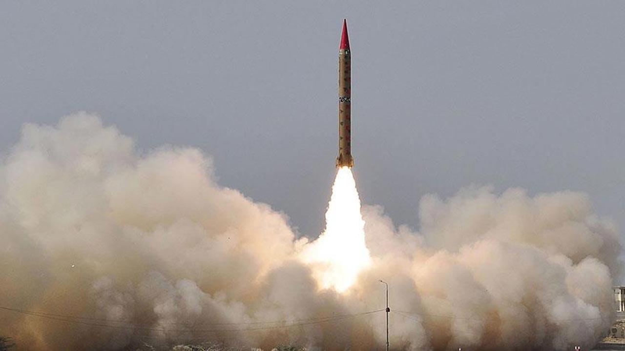 İran İsrail gemisini vurdu iddiası