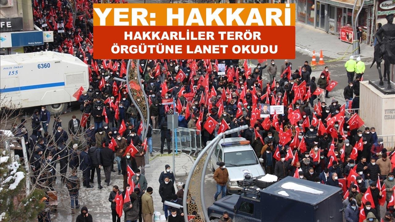 Hakkari'de teröre lanet yürüyüşü düzenlendi