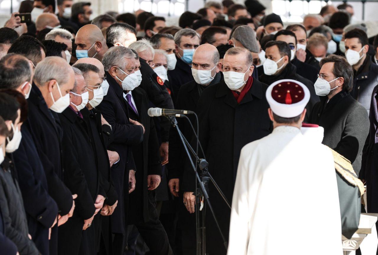 M. Emin Saraç Hoca'nın cenazesinden kareler - Sayfa 1