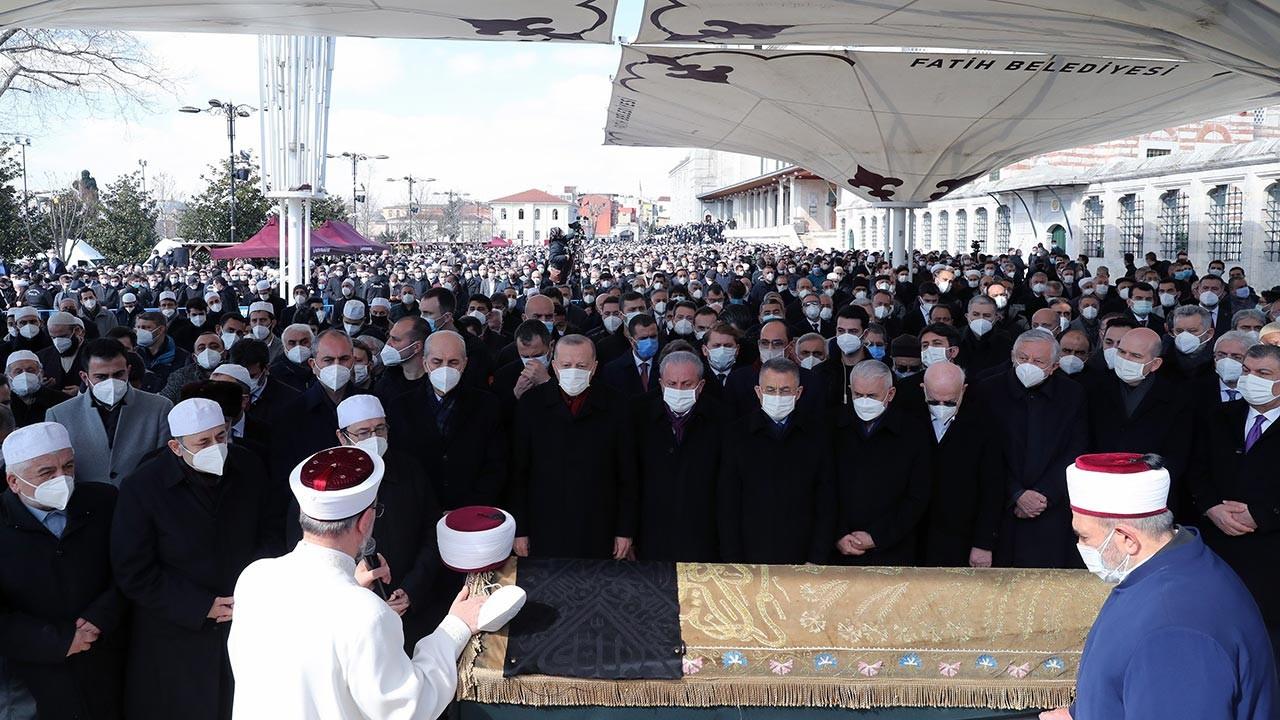 M. Emin Saraç Hoca'nın cenazesinden kareler