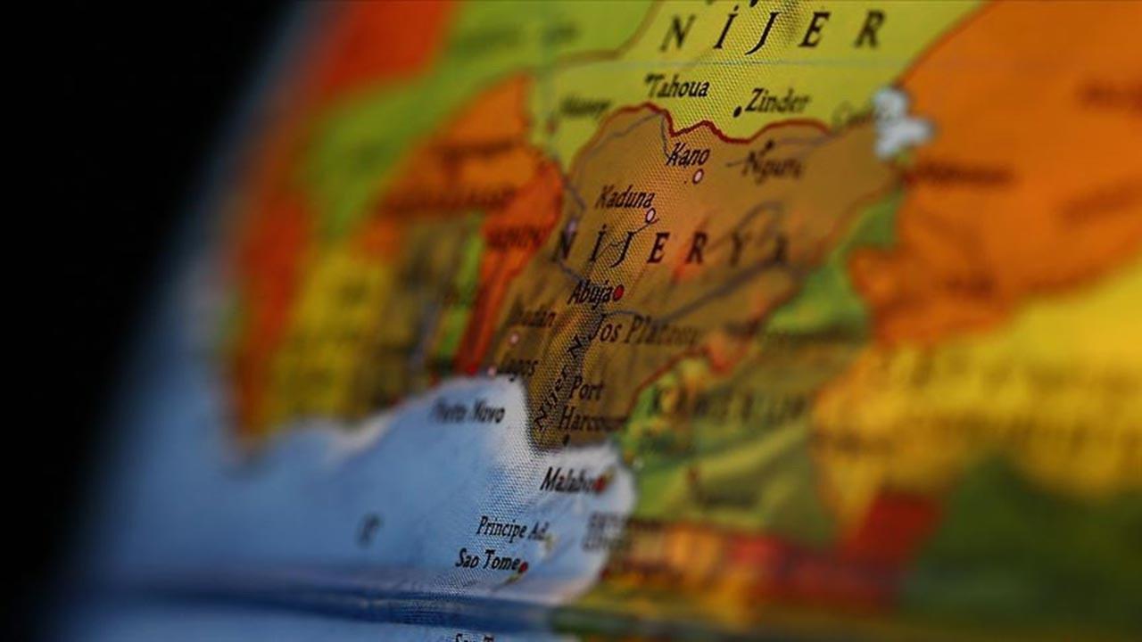 Nijerya'da asker taşıyan uçak düştü