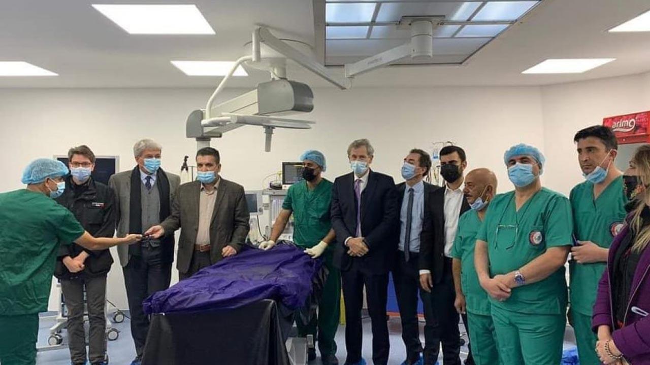 Fransa, PKK'nın elindeki Sincar'a hastane açtı
