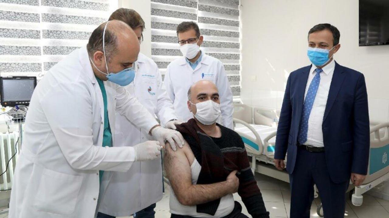 Yerli aşı ODTÜ veya Boğaziçi'den değil Kayseri'den