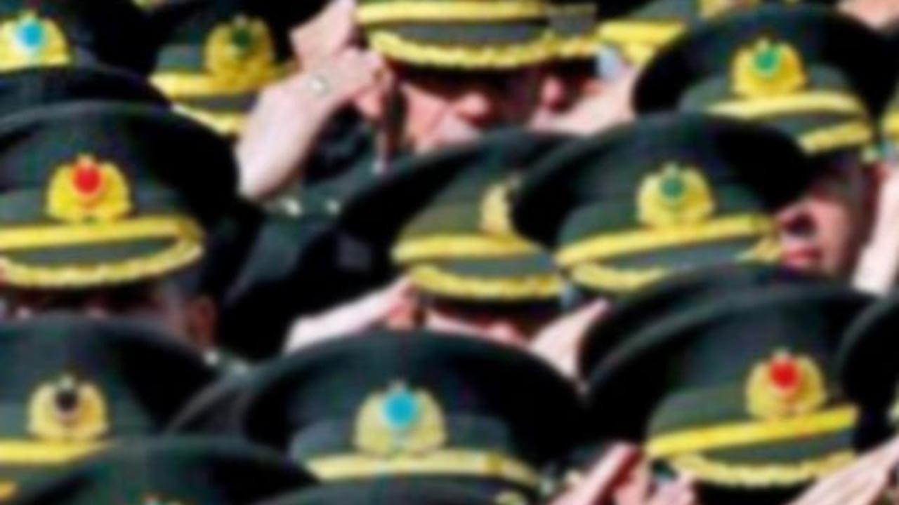 Emekli generallerden darbe özlemli muhtıra
