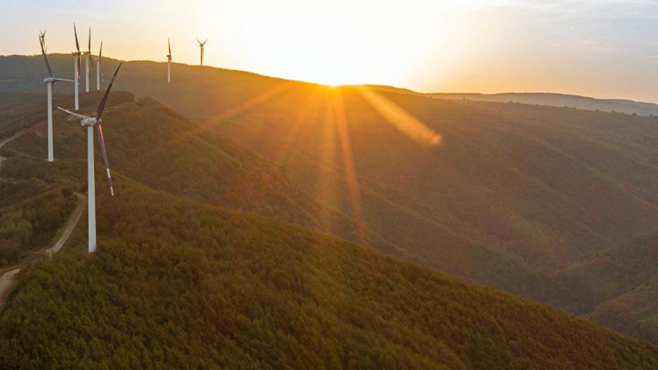 Elektrik üretiminde rüzgar ve güneş öne çıkıyor